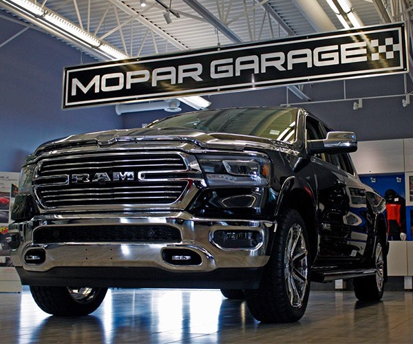 Bridge City Mopar Garage
